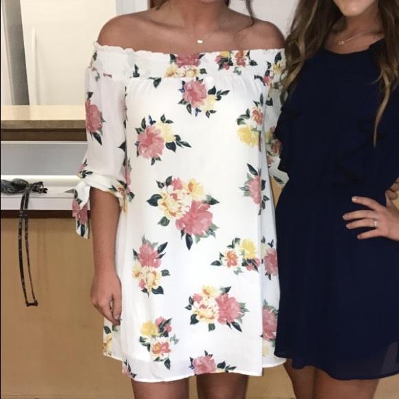 Dresses & Skirts - Off-the-Shoulder Dress